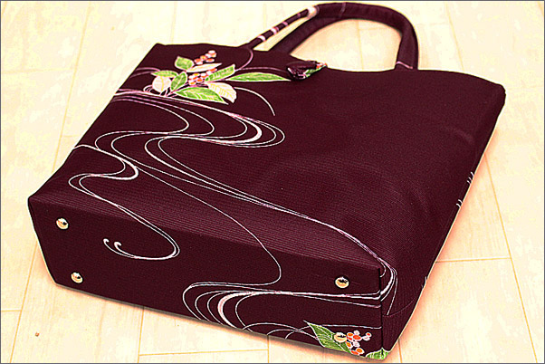 和装バッグの内部画像です。
